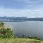 諏訪湖を歩く。